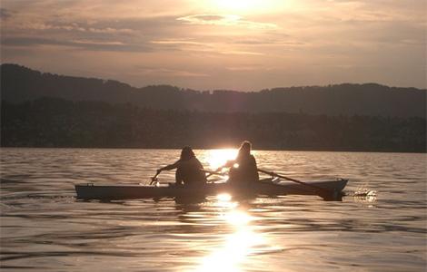 sa devojkama na jezeru laguna knjige